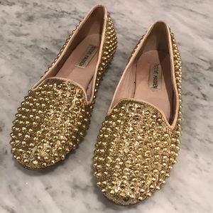 Steve Madden studlyy gold loafers